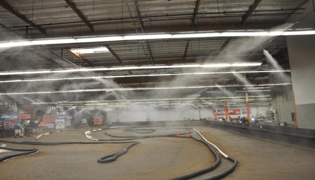 Máy phun sương chính là giải pháp tối ưu nhất cho môi trường nhà xưởng hiện nay