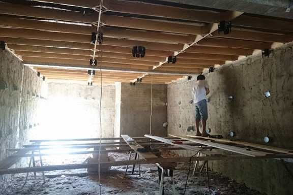 xây nhà nuôi yến